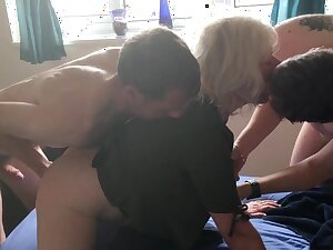JULIET'S VERY FIRST Sample PENETRATION - four FOUNTAINS, ALL FUCK HOLES