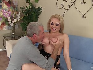 Blondie rides the patriarch panhandler 'til he cums on her boobs