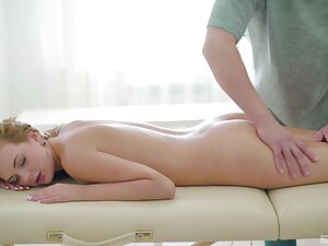 Timeless beauty Emily experiences rub down sex for a catch first years
