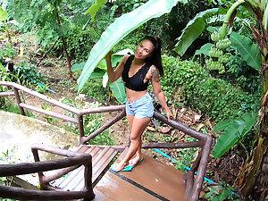 Amateur Asian girlfriend hardcore blowjob and sex in a lido cabana