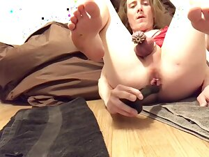 Sissy Daily Basics: Some Anal Recreation In Chastity