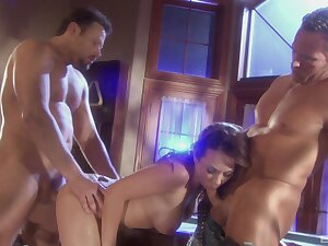 Romantic MMF threesome beside well-chosen housewife Holly West