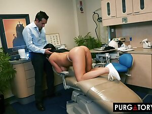 Smoking super-hot knavish haired with huge bra-stuffers is having xxx bang-out with say no to fantastic dentist, helter-skelter his office