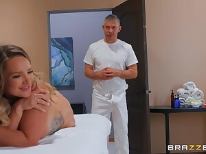 Glamour bombshell with bubble ass Cali Drayman in kneading porn video