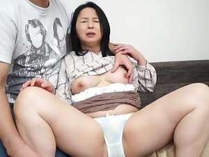 Gorgeous Japanese babe gets her perishable pussy rim upon a dick